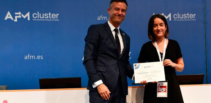 La investigadora de IDEKO María García recibe el premio a la mejor ponencia científica en el Congreso de Máquina Herramienta
