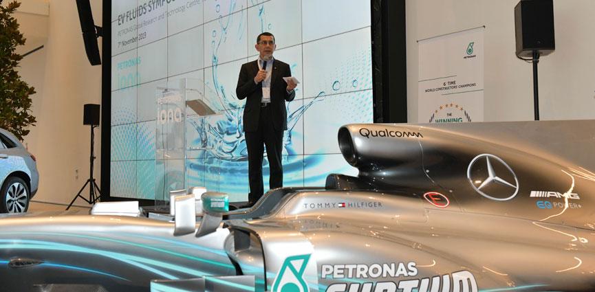 PETRONAS organiza el primer Simposio sobre Fluidos de Vehículos Eléctricos
