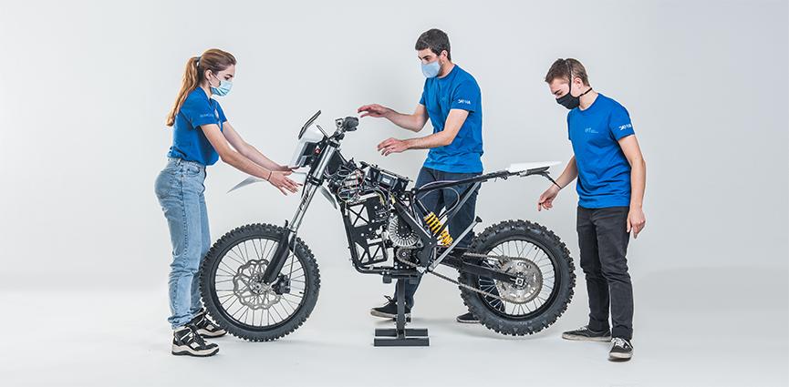 La impresión 3D ayuda a los alumnos de diseño de Elisava a construir una moto de rescate