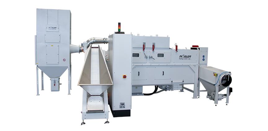 Calidad superior: Rösler instala un nuevo sistema de desbarbado de componentes plásticos en Berker en Ottfingen
