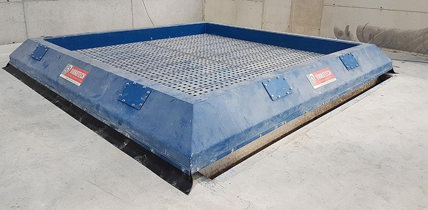 Vibrotech Engineering SL fabrica una de las mesas de desmoldeo más grandes del mundo